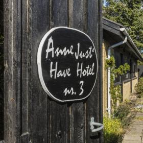 Anne Just Havehotel